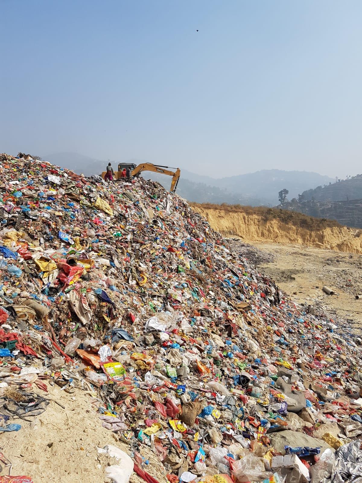 Die Müllhalden Kathmandus bringen große Umweltprobleme mit sich. Foto: Ärzte der Welt