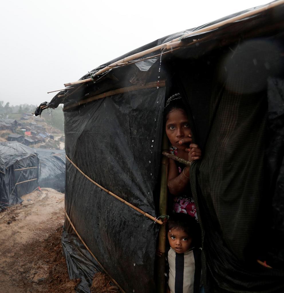 Eine Mutter in einem provisorischen Flüchtlingscamp in Bangladesch. Foto: Cathal McNaughton
