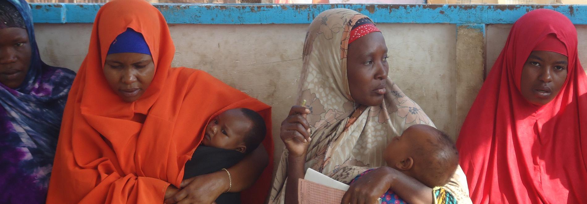 Somalische Mütter mit ihren Kindern.