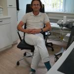Netzwerkarzt Dr. Ralf Ullmann behandlet open.med-Patient*innen. Foto: Ärzte der Welt