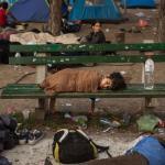 Schlafender Junge in Belgrad, Serbien. Foto: Olmo Calvo