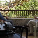 Nach der Explosion im Hafen von Beirut bieten Mitarbeiter*innen von Ärzte der Welt Anwohner*innen psychosoziale und medizinische Unterstützung an. Foto: Ärzte der Welt