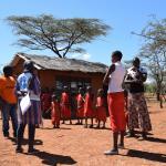 Kinder in einem kenianischen Dorf. Foto: Jelle Boone