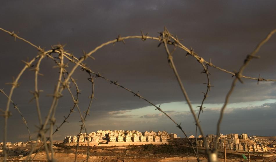 Blick durch Stacheldraht: Ärzte der Welt leistet Nothilfe, nachdem der Konflikt in Palästina erneut eskaliert. Foto: Ärzte der Welt