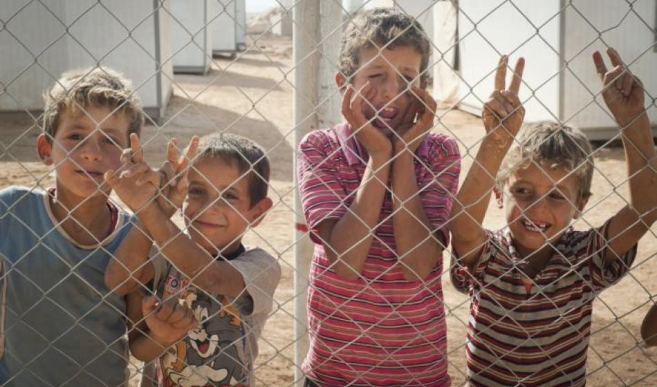 Syrische Kinder in einem Flüchtlingslager in Jordanien. Foto: Sasha Petryszyn