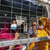 Flüchtlinge in einem Camp in Griechenland. Foto: Yiannis Yiannakopoulos