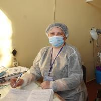Eine Ärzte der Welt-Ärztin in Novoluhanske. Foto: Ärzte der Welt