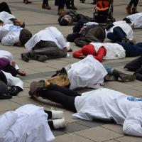 Flashmob in München zur Kampagne Targets of the World