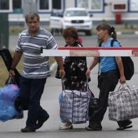 Viele Menschen leiden unter der schlechten Versorgung entlang der Kontaktlinie in Luhansk und Donesk. Foto: Reuters