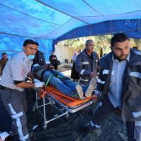 Sanitäter nehmen an einer von Ärzte der Welt organisierten Notfallsimulation in Gaza teil