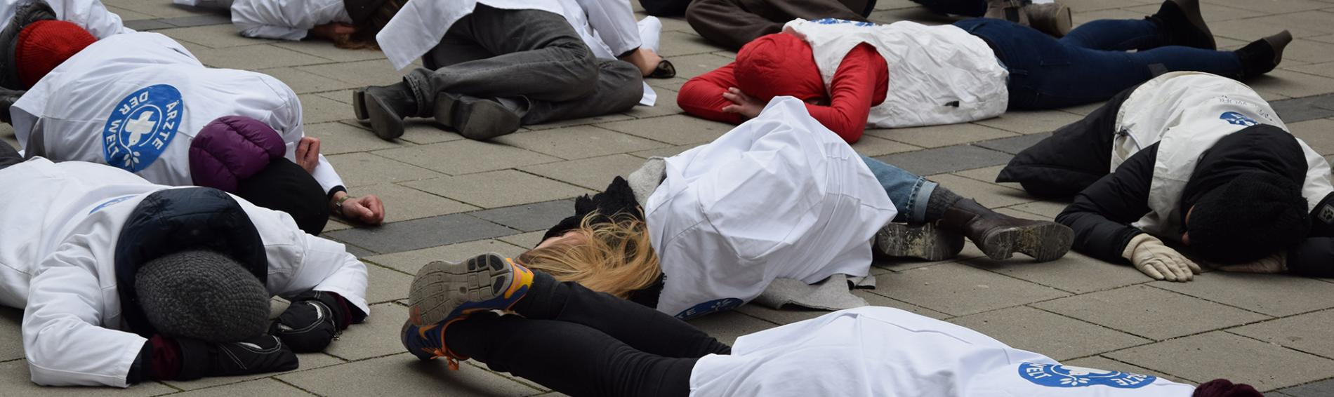 Flashmob in München zur Kampagne Targets of the World