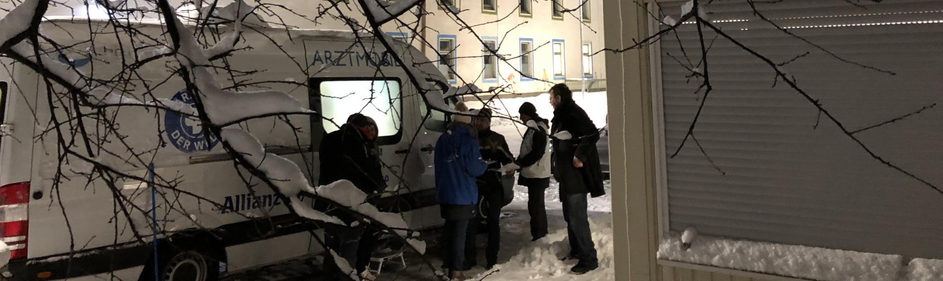 Der Behandlungsbus von Ärzte der Welt beim Münchner Kälteschutz. Foto: Ärzte der Welt