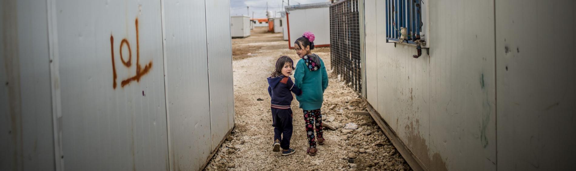 Kinder in einem jordanischen Flüchtlingscamp. Foto: Olivier Papegnies