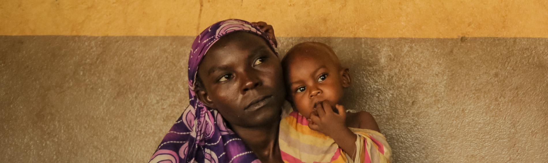 Frauen und Kinder sind von der erschreckenden Situation in Zentralafrika besonders gezeichent. Foto: Sébastien Duijndam