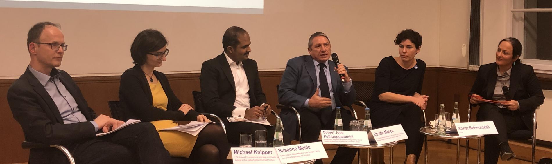 Vertreter von The Lancet, Ärzte der Welt und der Universität Gießen diskutieren in Berlin. Foto: Ärzte der Welt