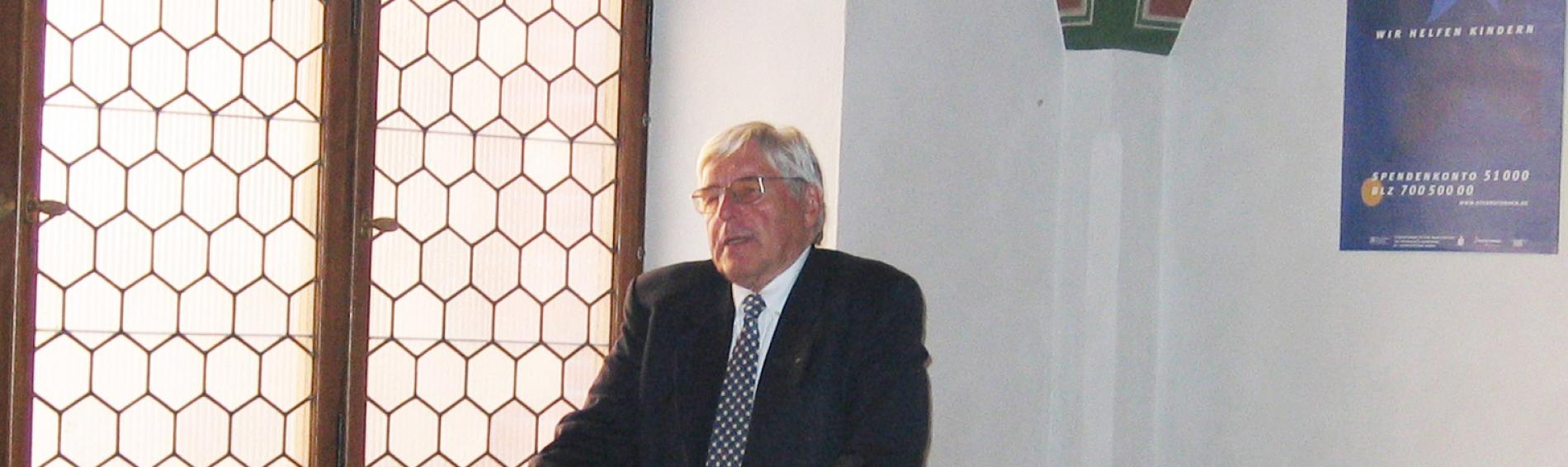Prof. Wilfired Schilli, langjähriger Ehrenpräsident von Ärzte der Welt. Foto: Ärzte der Welt