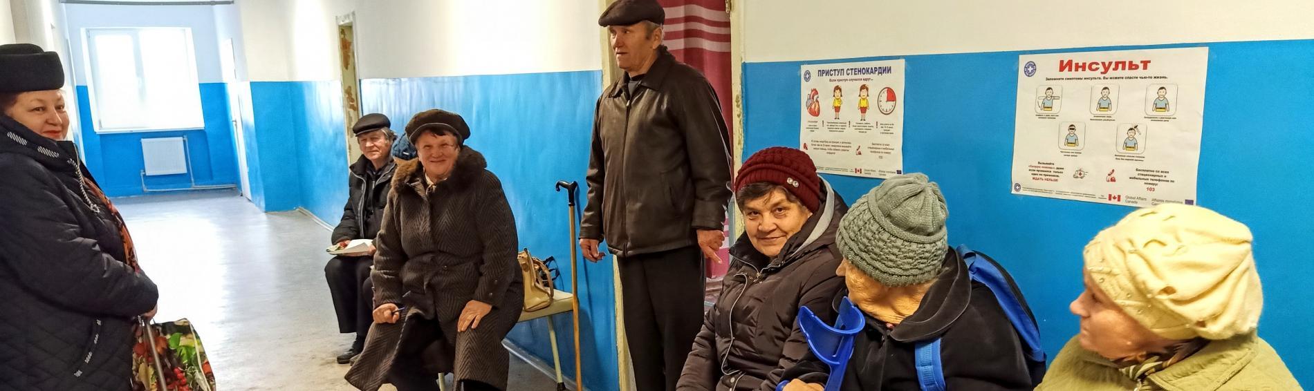 e Lebensumstände werden für die Menschen durch die anhaltenden militärischen Auseinandersetzungen immer schlechter. Foto: Gleb Garanich / Reuters