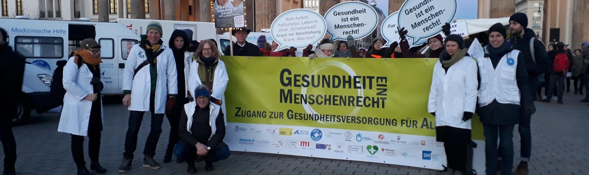 Kundgebung am Brandenburger Tor in Berlin. Foto: Ute Zurmühl