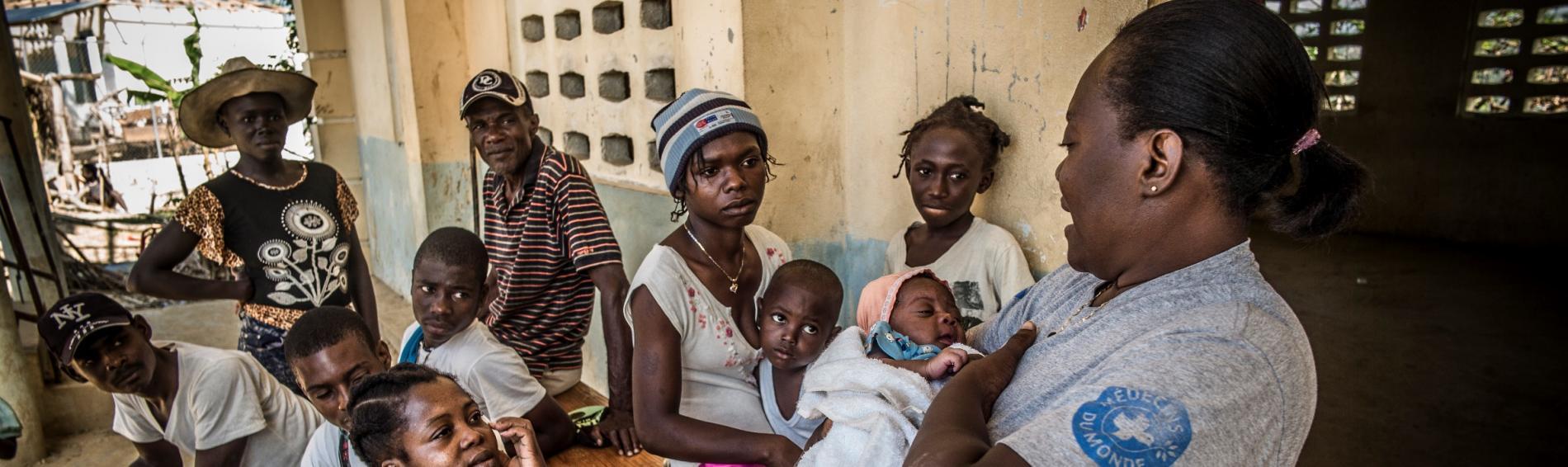 Medizinische Grundversorgung von Schwangeren, Müttern und Kindern in Haiti. Foto: Olivier Papegnies