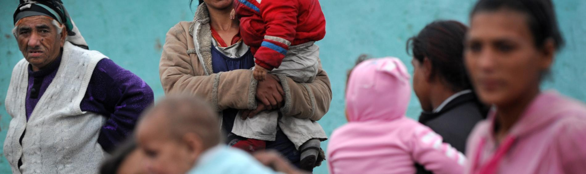 Frauen und Kinder im Ghetto von Nedejda. Foto: Ärzte der Welt