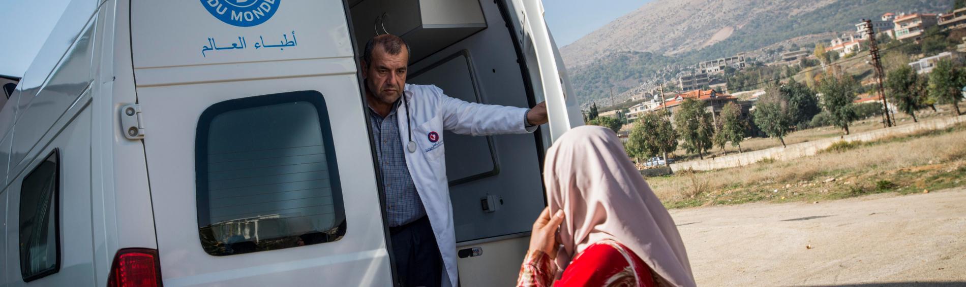 Mobiler Einsatzwagen zur Versorgung von syrischen Flüchtlinge. Foto: Guillaume Pinon