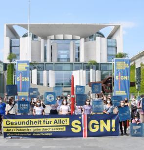 Protestaktion am Kanzleramt