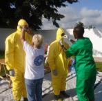 Vorbereitungen zur Behandlung von Ebola Patient(inn)en an der Elfenbeinküste. Foto: Ärzte der Welt